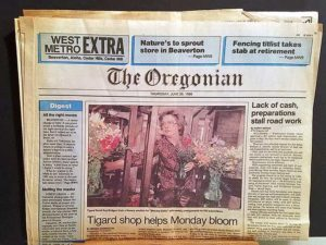 June 26, 1986 front page article from the Oregonian West Metro EXTRA edition outlining the innovative Monday Flower Subscription service.