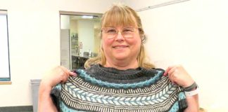 Laurie Mackay, Tigard Knitting Guild