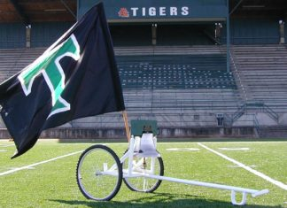 Tigard High School, Tigard Football. FNL