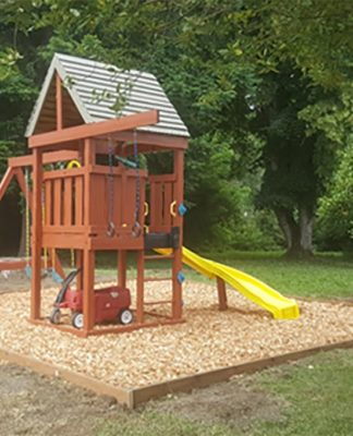 The leadership class of 2020 was able to donate a play structure to Family Promise of Tualatin Valley.